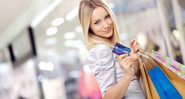 333577_devushka_blondinka_pokupki_magazin_shopping_pakety_1920x1200_www.gdefon