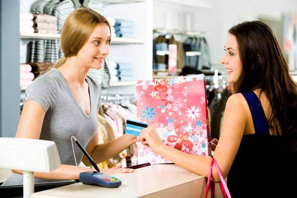 Store_Credit_Cards